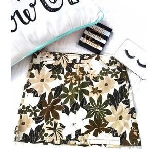 BEBE Brown Floral Hawaiian Mini Skirt